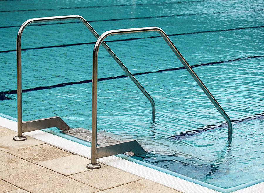 Картинки по запросу Поручни для бассейнов